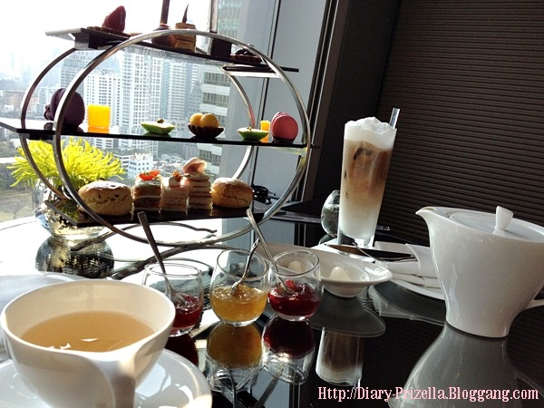 Luxury Tea Time on Valentine@UP&ABOVE BAR Okura Prestige Hotel^00^..