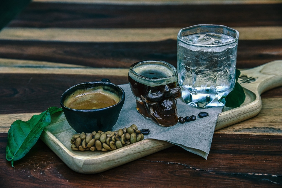 Slow Ride Coffee and Cafe ชลบุรี
