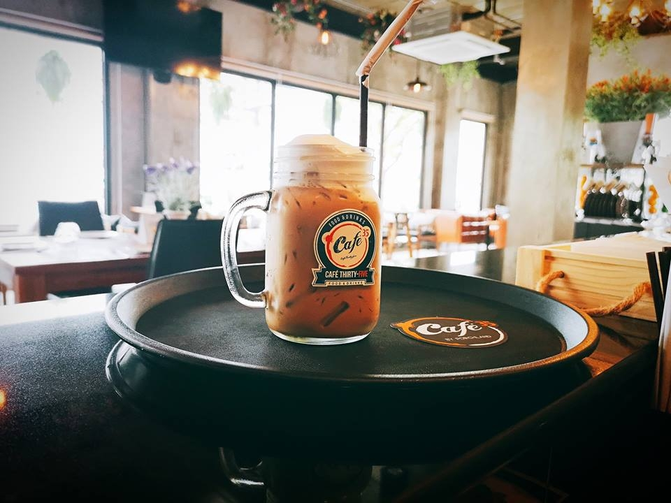 Cafe35 By Porchland ชลบุรี