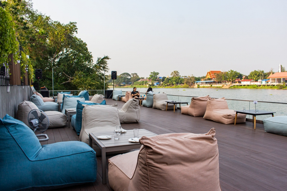 IDin The River Cafe and Bar ราชบุรี